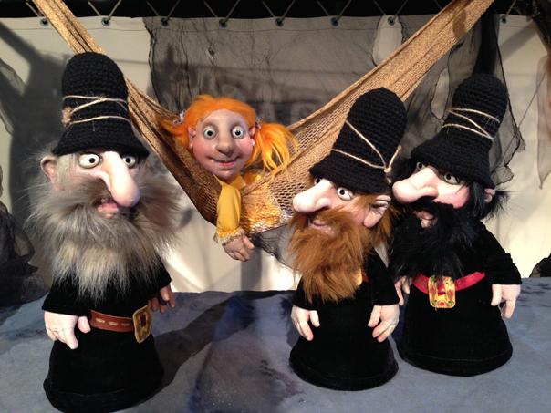 """""""Die Drei Räuber"""" bilden den Schlusspunkt der Kindertheaterreihe 2016/17. Foto: Figurentheater Marotte"""