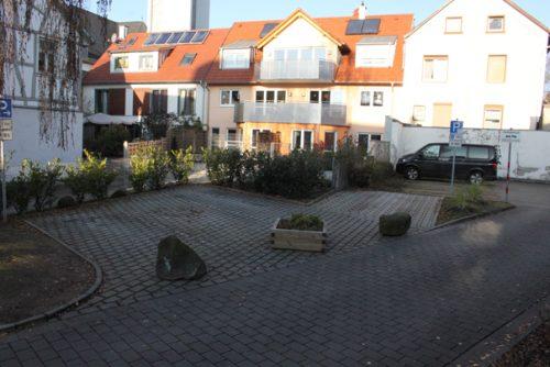 So sieht es seit vergangenen Mittwoch auf dem Parkplatz in der Hauptstraße aus. Foto: Schlosser